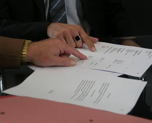ביטול הסכם ממון על ידי עורך דין