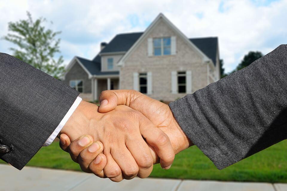 מכירת דירה בכפוף להערת אזהרה